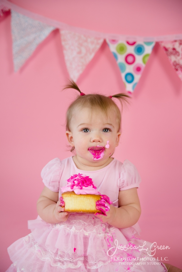 Greenfield, Photographer, J.L.CustomPhotos, Child, Cake Smash, Baby girl, Indiana, one year, portraits, Shelbyville, Knightstown, Pink-2718