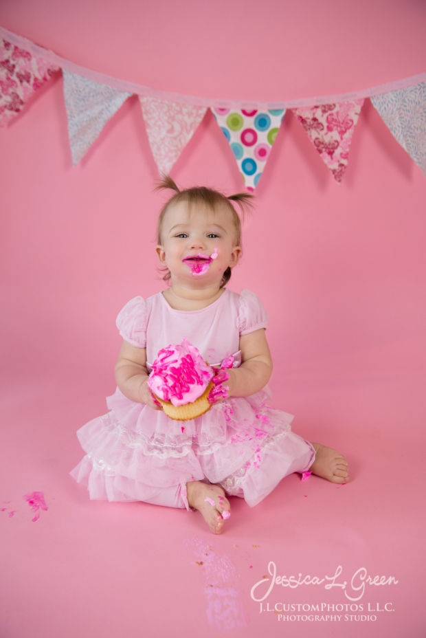 Greenfield, Photographer, J.L.CustomPhotos, Child, Cake Smash, Baby girl, Indiana, one year, portraits, Shelbyville, Knightstown, Pink-2721