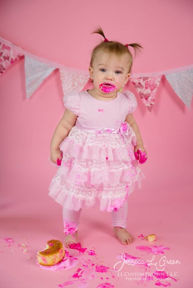 Greenfield, Photographer, J.L.CustomPhotos, Child, Cake Smash, Baby girl, Indiana, one year, portraits, Shelbyville, Knightstown, Pink-2756