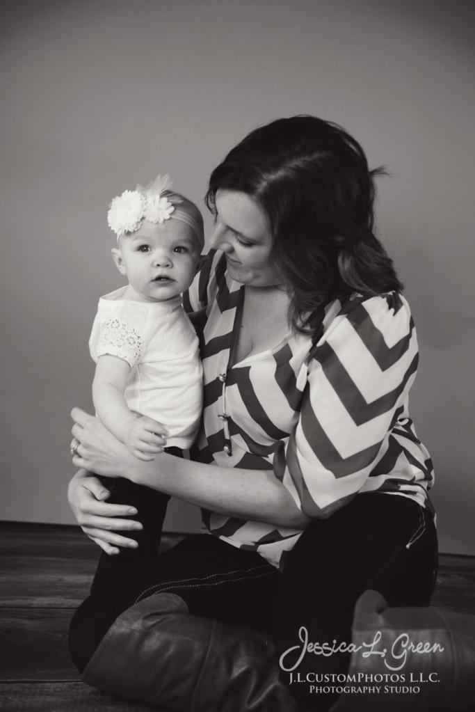 Greenfield, Photographer, J.L.CustomPhotos, Child, Cake Smash, Baby girl, Indiana, one year, portraits-