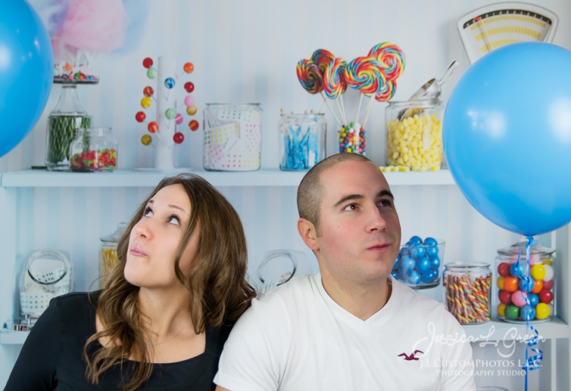 Greenfield, Photographer, J.L.CustomPhotos,Gender Reveal, Baby Boy, baloons, bubblegum,pregnant, portraits, Shelbyville, Knightstown-2