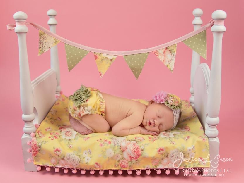 Newborn, Photographer, Greenfield, IN, Indianapolis, Indiana, 46140, Girl, baby, Infant, portraits, J.L.CustomPhotos, Custom, Photos, Jessica Green-1