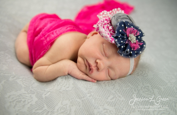 Newborn, Photographer, Greenfield, IN, Indianapolis, Indiana, 46140, Girl, baby, Infant, portraits, J.L.CustomPhotos, Custom, Photos, Jessica Green-8584