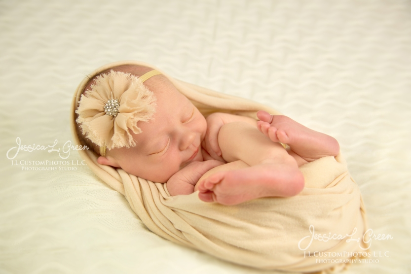 Newborn, Photographer, Greenfield, IN, Indianapolis, Indiana, 46140, Girl, baby, Infant, portraits, J.L.CustomPhotos, Custom, Photos, Jessica Green-9