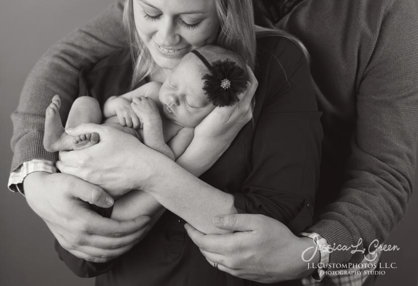 Newborn, Photographer, Greenfield, IN, Indianapolis, Indiana, 46140, Girl, baby, Infant, portraits, J.L.CustomPhotos, Custom, Photos, Jessica Green-