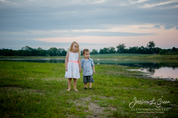 family, children, Photographer, Greenfield, IN, Indianapolis, Indiana, 46140,  portraits, J.L.CustomPhotos, Custom, Photos, Jessica Green, noblesville, fishers, carmel-2634