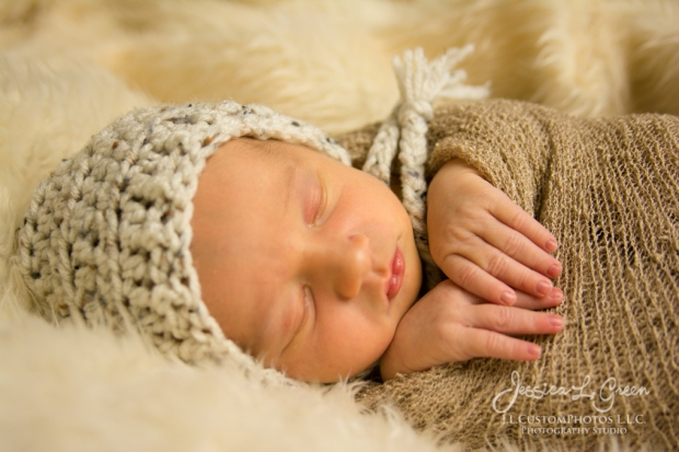 Bryson, newborn, photography, photographer, greenfield, IN, Indiana, Jessica Green, J.L.CustomPhotos, affordable, custom, photos, baby infant, birth (17 of 26)