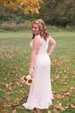 Greenfield, Indiana, Photography, Photographer, Photos, Jessica, Green, Anderson, IN, JLCustomPhotos, Photos, Jessica Green, Legler, Jessica Legler, Jessica Green Photography, 46140, Central Indiana, Indianapolis,Fall, Outdoor,Leaves,woods,Bride,bouquet,wedding dress