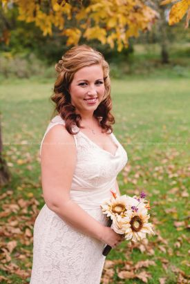 Greenfield, Indiana, Photography, Photographer, Photos, Jessica, Green, Anderson, IN, JLCustomPhotos, Photos, Jessica Green, Legler, Jessica Legler, Jessica Green Photography, 46140, Central Indiana, Indianapolis,Fall, Outdoor,Bride,bouquet,wedding dress