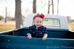 Greenfield, Indiana, Photography, Photographer, Photos, Jessica, Green, Greenfield, IN, JLCustom Photography, Jessica Green, Legler, Jessica Legler, Jessica Green Photography, 46140, Central Indiana, Indianapolis,Outdoor,Fall,Truck,Girl,Baby,Bow,Happiness,Chevrolet,Smiles