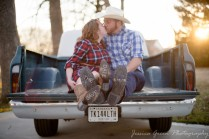 Greenfield, Indiana, Photography, Photographer, Photos, Jessica, Green, Greenfield, IN, JLCustom Photography, Jessica Green, Legler, Jessica Legler, Jessica Green Photography, 46140, Central Indiana, Indianapolis,Outdoor,Fall,Tailgate,Truck,Couple,Engagement,Plaid,Boots,Kiss