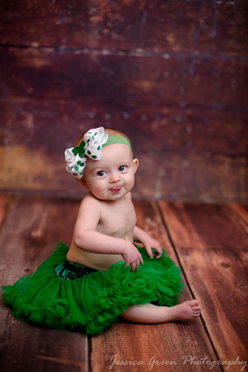 Greenfield, Indiana, Photography, Photographer, Photos, Jessica, Green, Greenfield, IN, JLCustom Photography, Jessica Green, Legler, Jessica Legler, Jessica Green Photography, 46140, Central Indiana, Indianapolis, Little girl , St. Patrick's day , Headband , Cute , Big eyes , TuTu